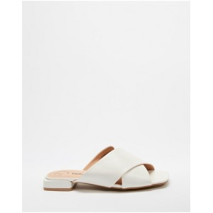 Women's Cross Over Sandals Betsy White in new look QMWBMWD